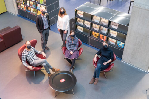Das Bild zeigt eine Gruppe von Leuten in der Zentralbibliothek Zürich. Zentralbibliothek Zürich (CC BY-ND)